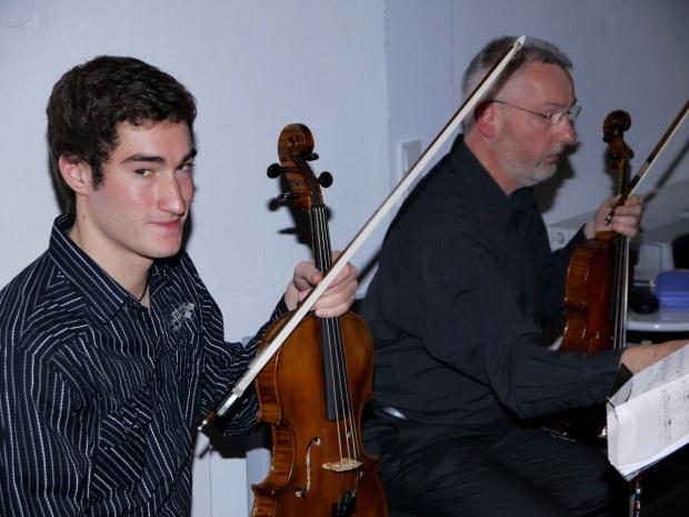 Lars Bartsch und Hartmut Hunsmann, Viola